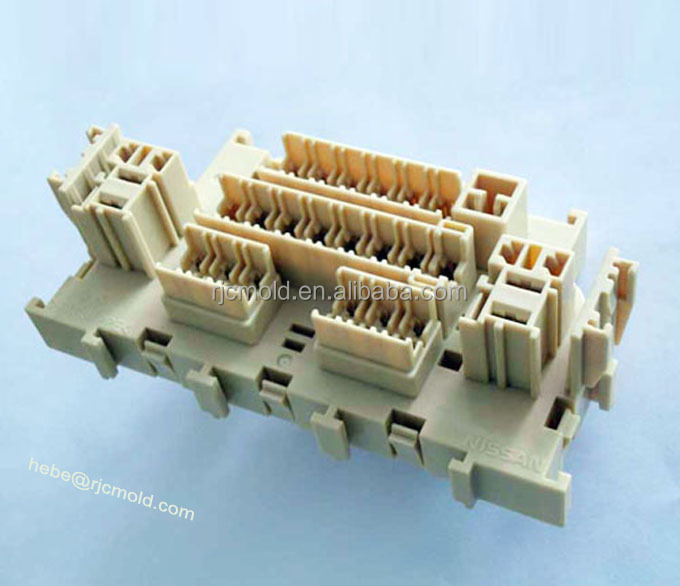 Protomold/ master mould for small lot injection moulds