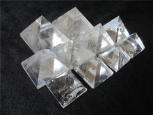 Special clear rock quartz crystal pyramids,decorative crystal pyramids,Egypt rock crystal pyramids for decoration