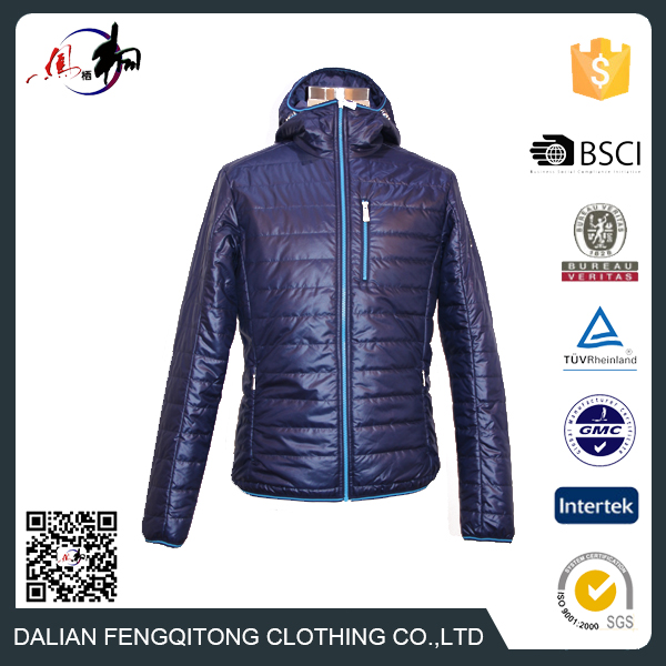 Customized Nylon Hooded Mens Outdoor Light Weight Winter Jacket