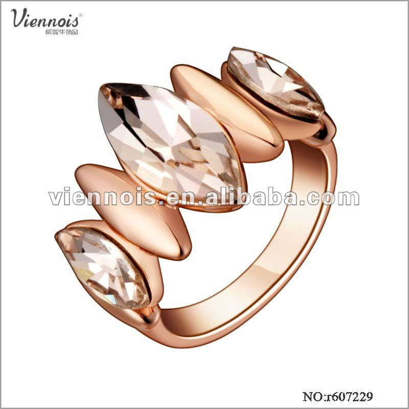 Fashion Zinc Alloy Ring Plated Rose Gold Jewelry