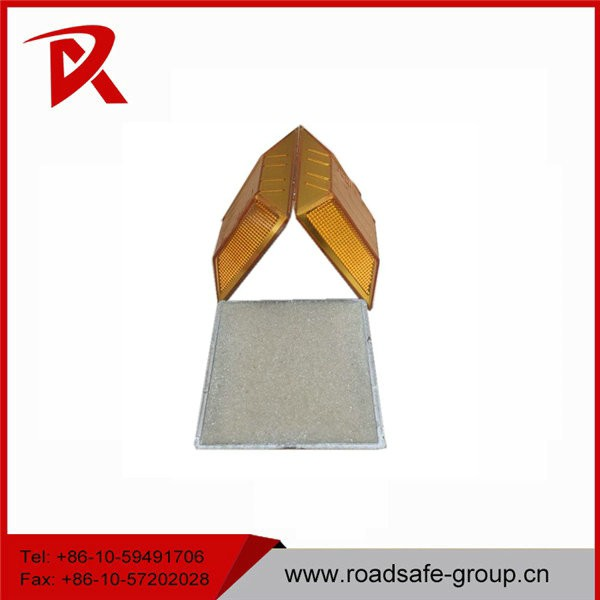 Road safety sand filled road marker reflective plastic PMMA road stud