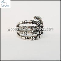 316L Stainless Steel Gothic Skeleton Hand Rings