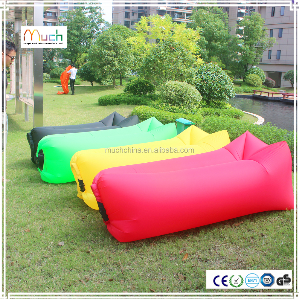 Just awesome giant advertising inflatable sofa