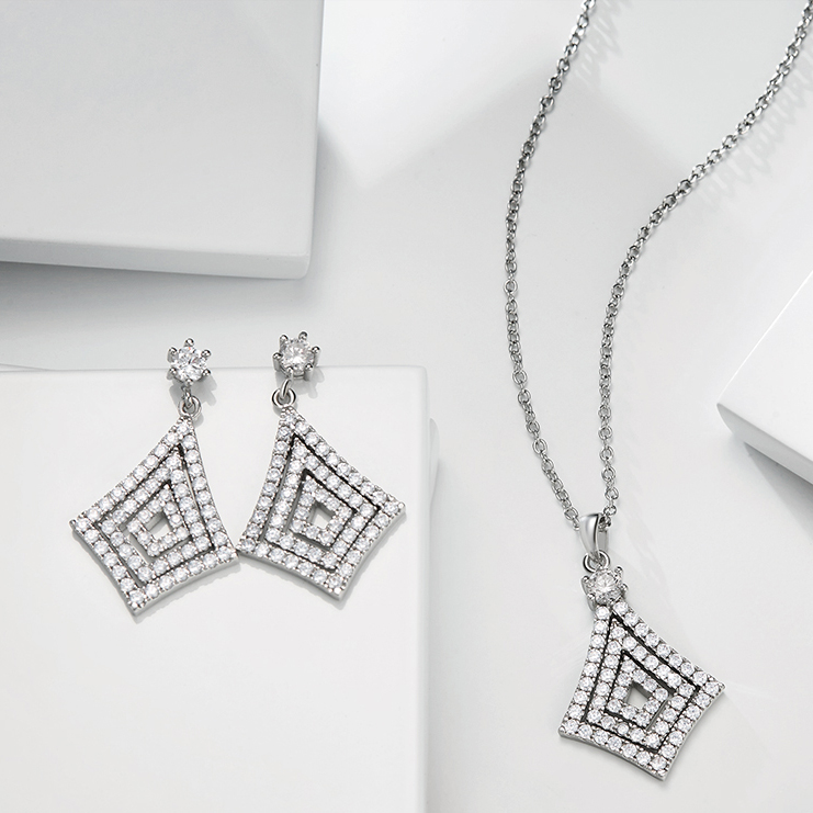 Meno Rhodium plated diamond-shaped Earrings and Pendant Shinning crystal jewelry set