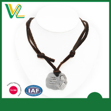 Factory trendy Zinc Alloy Anti-nickel Pray Gift genuine Leather rope Silver Necklaces Pendant for couples