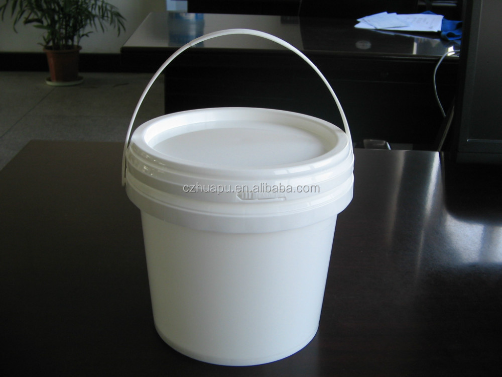 3 liter plastic bucket for food