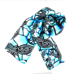 China Manufacturer Custom Color Logo Digital printed lady silk scarf