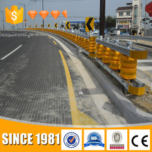 Chinese supplier highway safety roller barrier guardrail barricade for sale