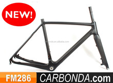 new full carbon cyclocross frame disc brakes,DI2 and mechanical derailleur compatible cyclocross bike frame