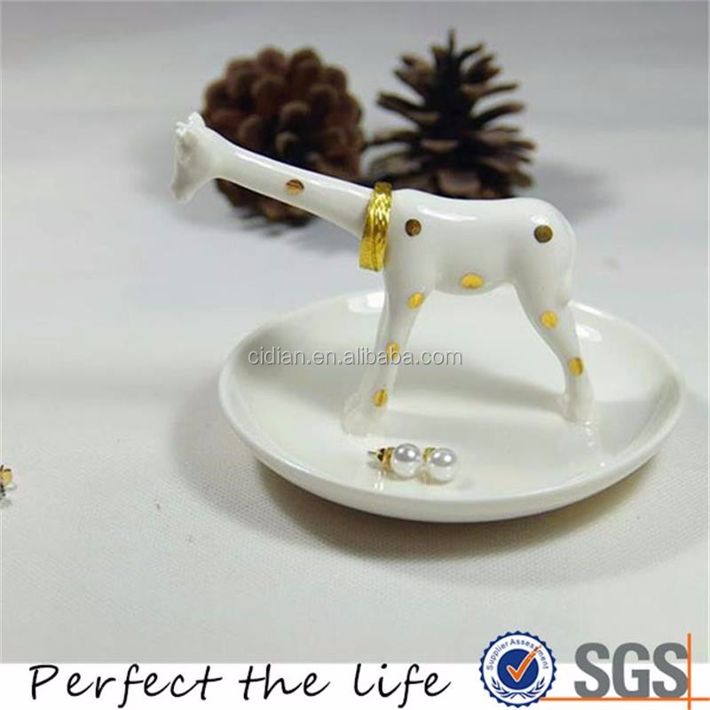 Ceramic Giraffe Animal Jewelry Dish holder