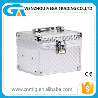 Portable Easy-carrying Aluminum Makeup Box/ Cosmetic case