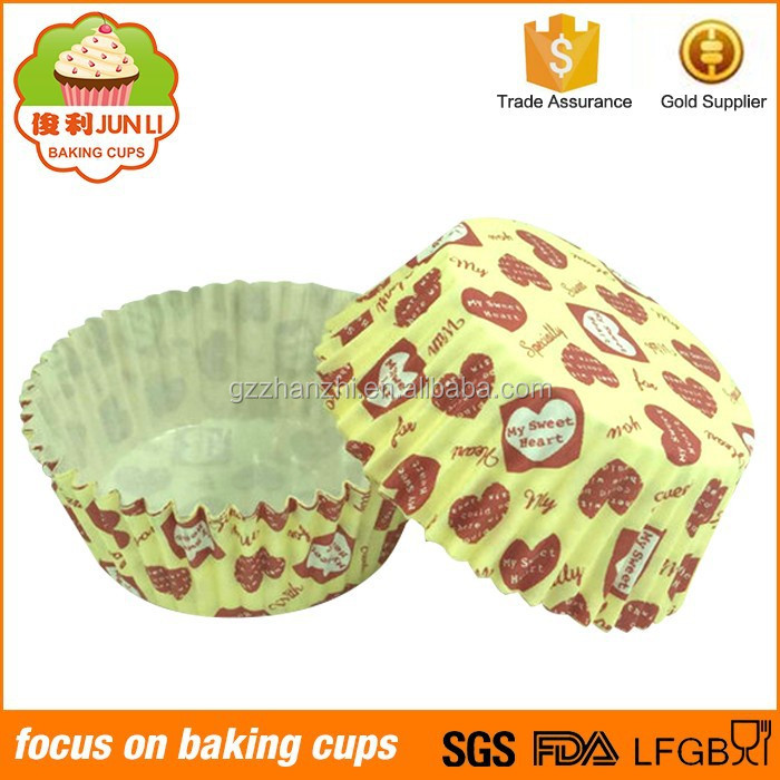 Wholesale Heart Pattern Printed PET Film Plastic Cupcake Cup