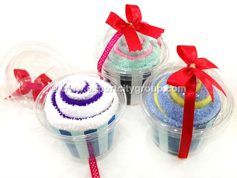 Towel gift cute cupcake