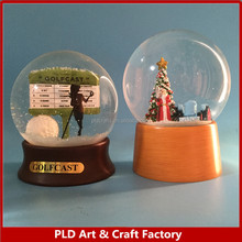 custom made 100mm glass snow globe for Christmas gift golf snow globe