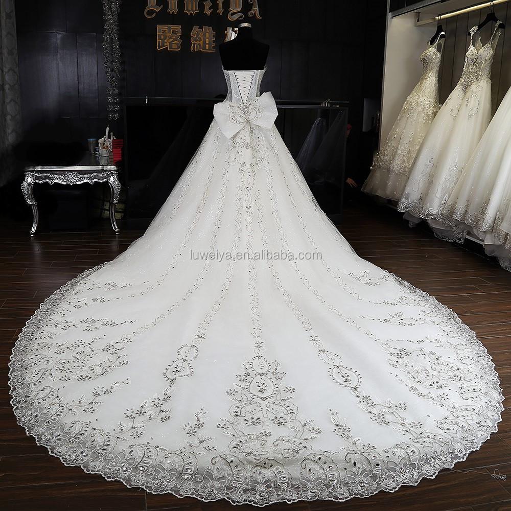Luxurious crystal designer bridal dresses patterns wedding for Designer sample wedding dresses