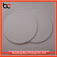 Factory hot selling scalloped white coated cake circle board