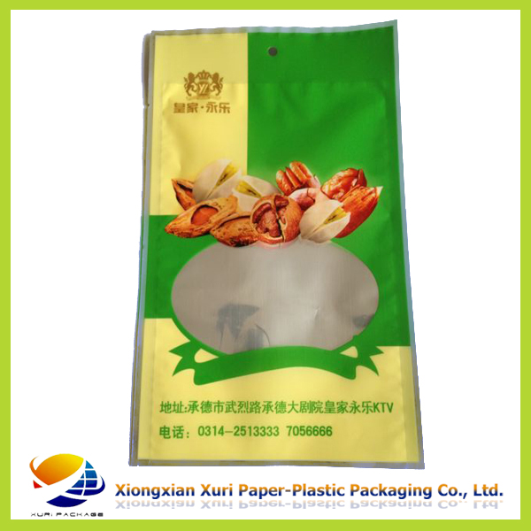 plastic food packaging/snack packaging/food bag with window