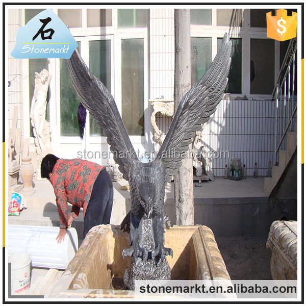 Hand carved life size natural stone large granite outdoor eagle sculptures for sale