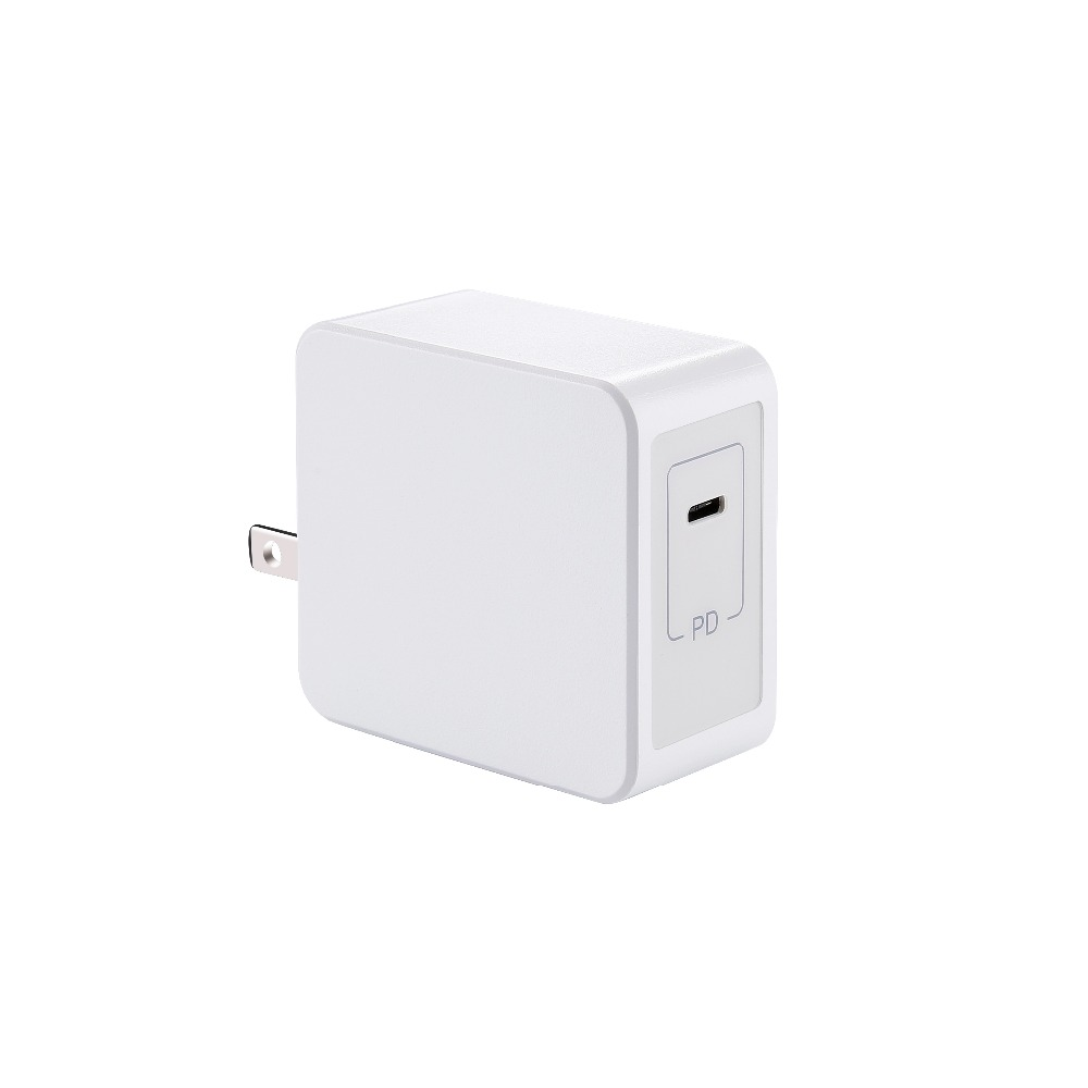 1 port 30W PD3.0 Type-c Switching Power Charger with foldable plug