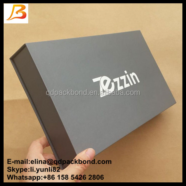 Simple and fashionable flip lid dark grey magnetic closure gift box for cloth packaging