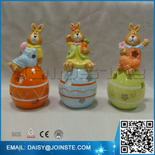 Painting Brisk bunny light holder with shaped ceramic easter egg