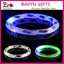 LED Flash Blinking Color Changing Party Bracelet Bangle Prom Supplies Bar Club Wedding Christmas Decorations Luminous Bracelets
