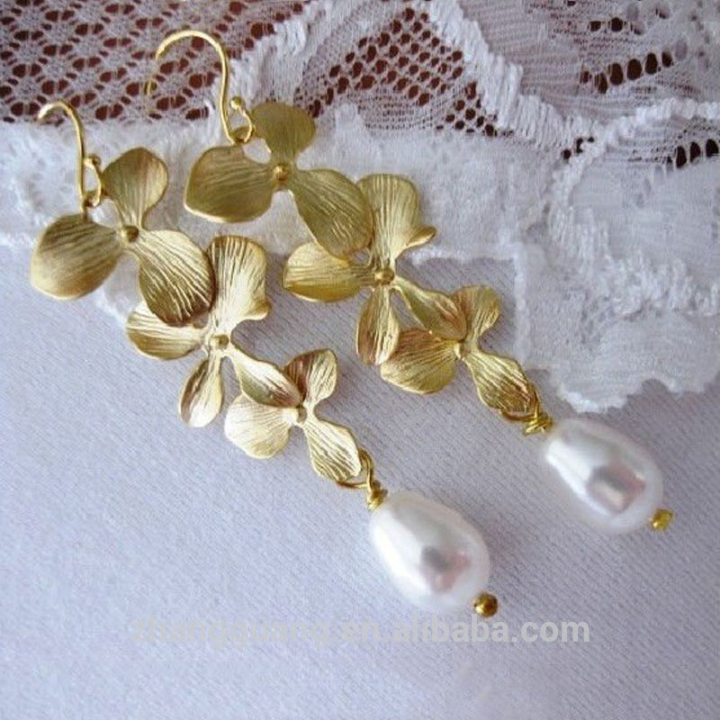 Hot sale freshwater pearl jewelry fashion earrings with orchid shape