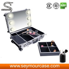 Cosmetic Aluminium Case Makeup Case With Lights and Stands