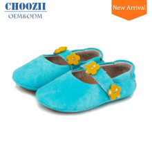 New Arrival Infant Ballerina Style Demin Girls Spanish Shoes with Beautiful Flower