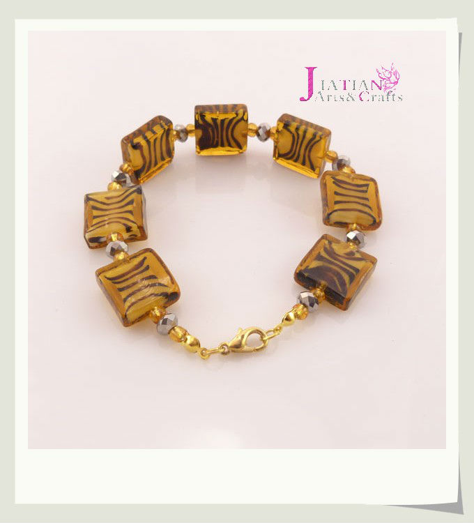 hotsale flat square shaped striped glas beaded bracelet