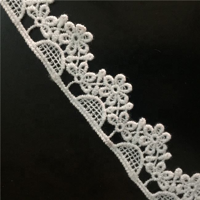 "Elegant china allover chemical flower embroidered guipure water soluble white galloon lace Trim - 1"" width"