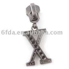 """X"" shape fashion zipper slider"