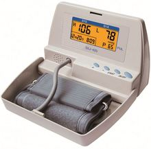 Latest Wholesale fashionable health care automatic digital wrist blood pressure monitor for sale