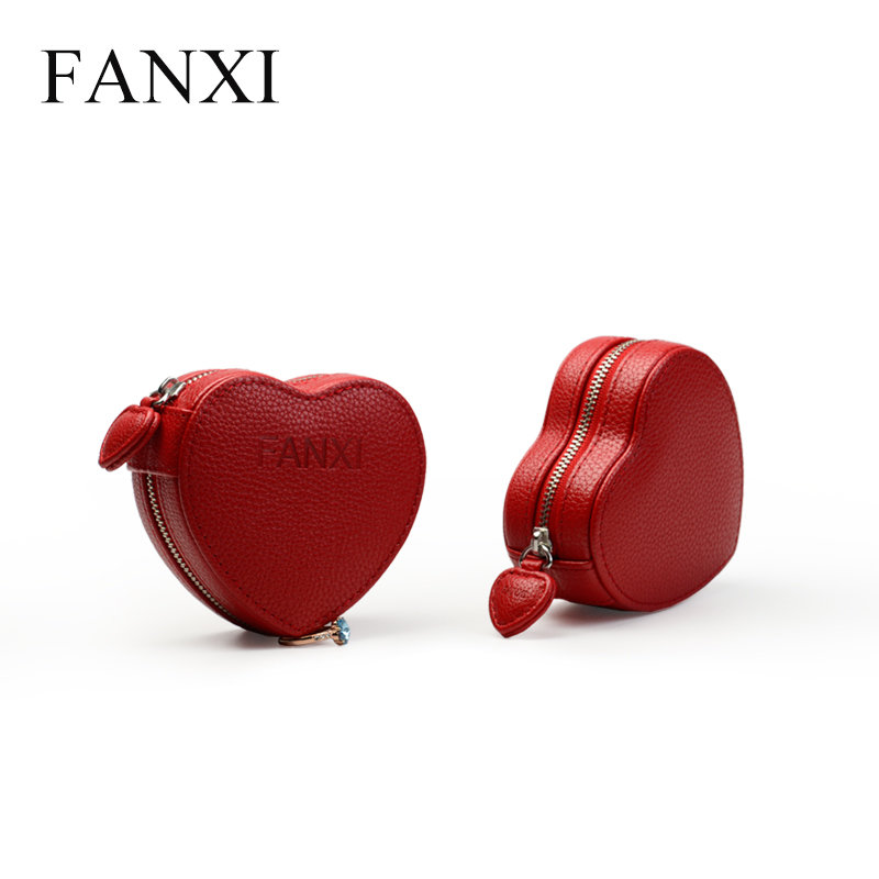 FANX Custom Logo Portable Heart Shape Plastic Magneti Gift Boxes Ring Necklace Bracelet Charms Gift Packing Leather Jewelry Box