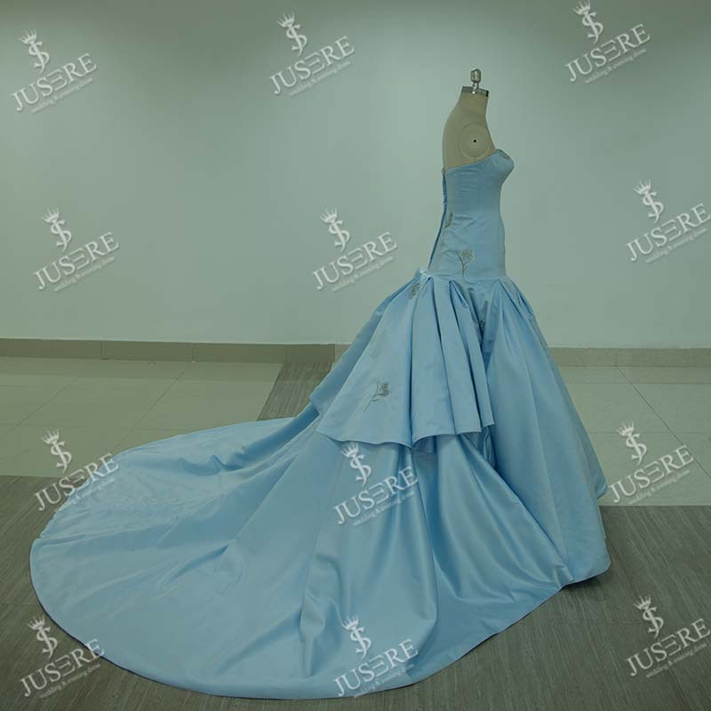 Elegant Strapless Long Evening Dress Party Dresses Mermaid Embroidery Satin Light Blue Evening Dress wholesale