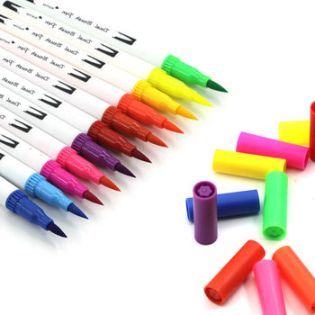Dual Tip Brush Pens 60 Colors Watercolor Art Markers Pens Set - Including 0.4mm Fine Liners Tip & Brush Tip