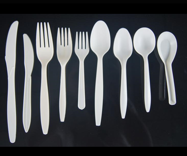 Good quality plastic knives and forks be made in YuYao shiner plastic