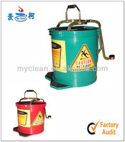 hot sale 3 years quality guarantee mop strainer bucket with 360 spin wheels