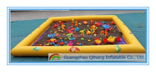 2016 Latest lovely 0.9 mm PVC tarpaulin inflatable sand pit for kids