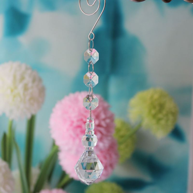 Importer of 17.5CM Clear Transparent Grade A Acrylic Full Faceted Bubble Lamp Bead Prism Parts Shop