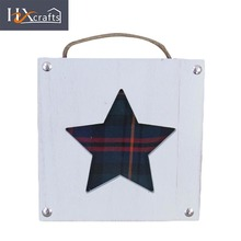 Wholesale christmas star shaped wood fashion family wall photo frame