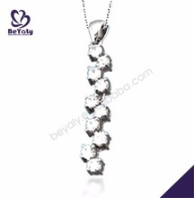 Saucy style pretty girls silver pendant with diamond
