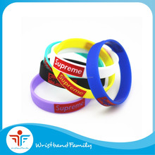 "Bulk cheap price "" Supreme "" silicone bracelet / 8"" Supreme debossed ink filled silicone wristbands"