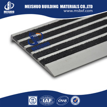 high quality anti slip strip stair nosing profile