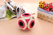 Sisal cat toy ball for cat with molar teeth