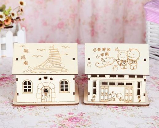 hot sale laser cut custom made hand crank music box