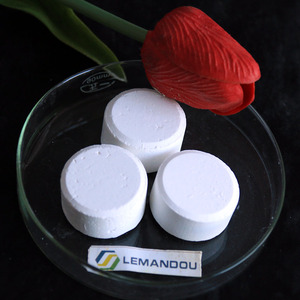POOL Water Treatment chemicals Swimming pool chlorine tablets trichloroisocyanuric