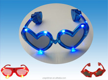 hot selling flashing light up led heart party glasses