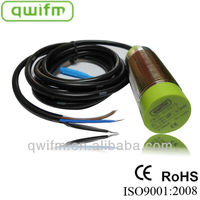 Capacitive Pressure Sensor for Plastics Industry from qwifm