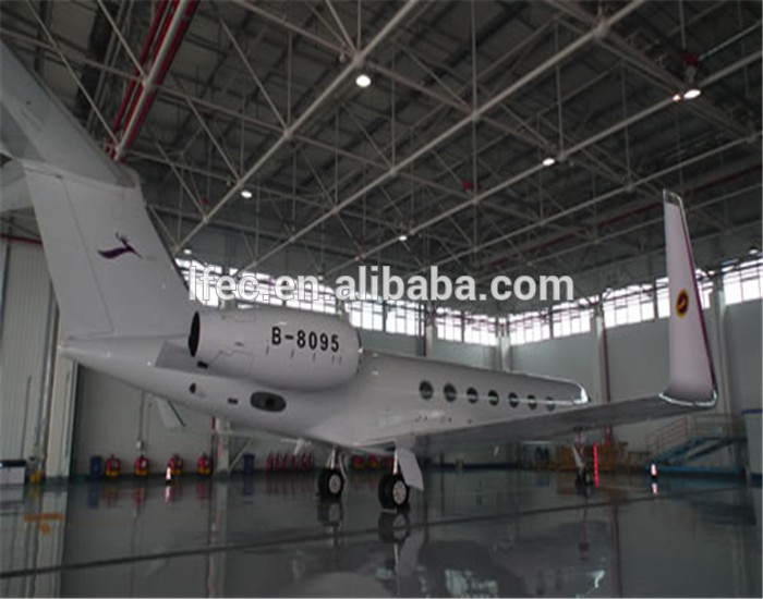 Economic steel space frame aircraft hangar for plane
